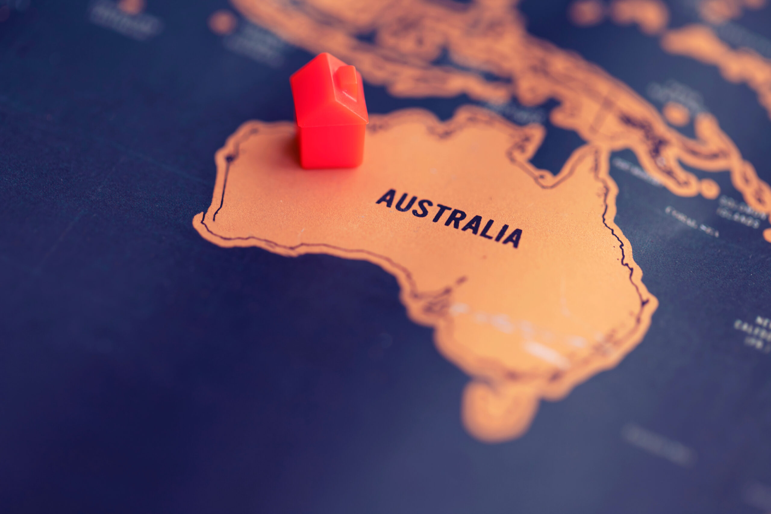 House,On,Australia,Part,Of,World,Map.,Real,Estate,In